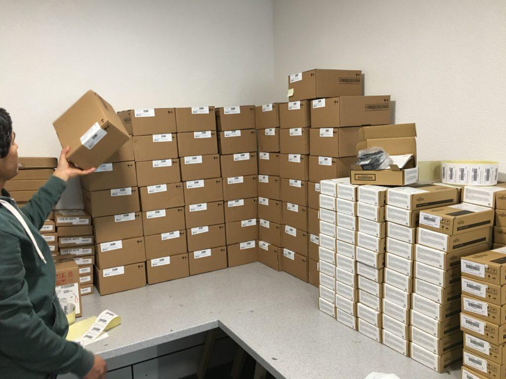 S26361-F5520-L560 Fujitsu SAS Festplatten Lieferung ist angekommen