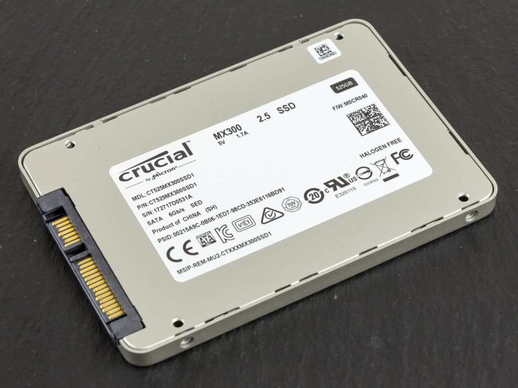 "© Raimond Spekking / CC BY-SA 4.0 (via Wikimedia Commons) (https://commons.wikimedia.org/wiki/File:Crucial_SSD_MX300_525GB-8479.jpg), ""Crucial SSD MX300 525GB-8479"", https://creativecommons.org/licenses/by-sa/4.0/legalcode"